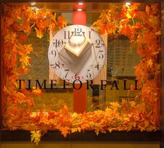 https://flic.kr/p/zwsxdB | Visual Merchandising Arts - Fall Windows 2015. Seneca College