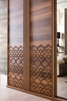 42 the chosen wardrobe design idea creates problems without problems Dre Wardrobe Door Designs, Wardrobe Design Bedroom, Bedroom Bed Design, Bedroom Furniture Design, Modern Bedroom Design, Home Decor Furniture, Luxury Furniture, Wardrobe Doors, Closet Doors