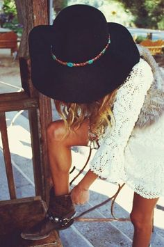 boho floppy hat | Wear it Boho: Floppy HatsBoho Gems (by The Bohemian Girl)