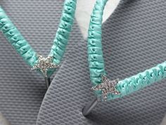 Welcome to Adriana Santos Bridal! This listing is for 1 Pair of Gray flip flops macrame wrapped with Seafoam/Aqua Green satin ribbon and embellished with an adorable starfish in the center. * Time to Process Order - Ships in 1-3 Days. * USA Delivery: Additional 3-5 days. Custom