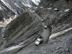The most dangerous roads in the world. The Zoji pass, India