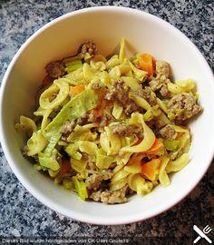 Curryrahm - Nudeln mit Hackfleisch
