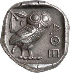 Tetradracma - argento - Atene, Attica (480-404 a.C.) - AΘΕ civetta in piedi vs.dx. con testa frontale in alto rametto con bacca di ulivo - Münzkabinett Berlin