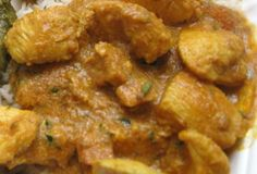 Achari Murgh (Chicken Achari) A delicious Chicken curry cooked in pickling spices.