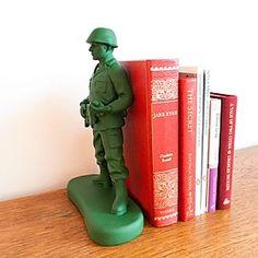 """Home Guard"" Bookend. Curiosite"