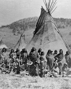 Washakie and family in front of his tipi. William Henry Jackson took this photograph at South Pass, where there was a large Shoshone camp. Native American Images, Native American Beauty, Native American Tribes, Native American History, American Indians, Navajo, By Any Means Necessary, Into The West, Native Indian