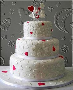 'Heart' wedding cake : Tell your loved one they're lovely with this cheeky pink and white love heart wedding cake design. (for flavours please see 'Fillings & flavours') Heart Wedding Cakes, Themed Wedding Cakes, White Wedding Cakes, Gold Wedding, Wedding Cake Designs, Wedding Cake Toppers, Baker Cake, Fathers Day Cake, Heart Cakes