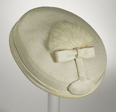 Cristóbal Balenciaga. Woman's Pillbox Hat. Los Angeles County Museum of Art.