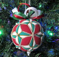 Christmas Ornament Green and White 4 Pointed by OrnamentDesigns