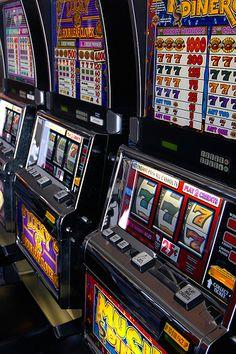 Игровые автоматы gold wing онлайн ласвегас новый разрешенные игровые автоматы
