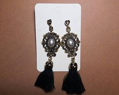 Vintage jewelry beautiful earrings new unused dark brown white bronze color beautiful gift for her wife mother women gifts vintage earrings