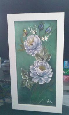 Quadro com flores (15cm x 30cm). Pintura e decoupagem