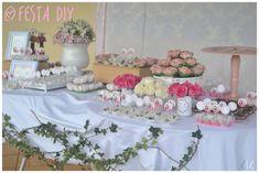 Festa DIY com tons de rosa e floral para inspirar uma festa para qualquer idade