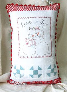 hand-embroidery-pattern-love-and-joy