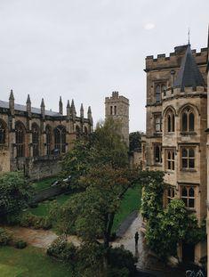 Boarding School Aesthetic, College Aesthetic, University Life, University Of Oxford, Dream School, Old Money, Private School, College Life, Academia
