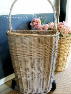 Heaven's Walk: Vintage French Market Baskets.  How to paint to get the look.