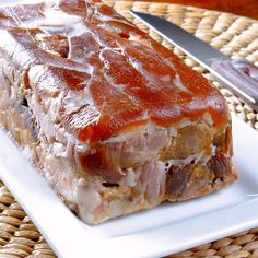 what to do with big beautiful UGLY ham hock . break it down, tear it apart, smash it in to a loaf tin. call it charcuterie. Sausage Recipes, Pork Recipes, Cooking Recipes, Bratwurst, Easy Dinner Recipes, Great Recipes, Favorite Recipes, Charcuterie, Foie Gras
