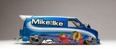 Hot Wheels '85 Chevy Astro Drag Van