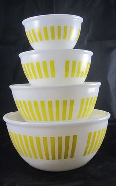 Yellow Hazel Atlas Mixing Bowls- I have never seen these before!
