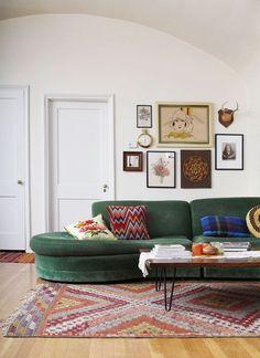 Vintage green sofa - love the area rug too! #home #decor