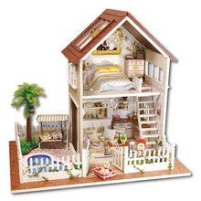 Casa de boneca Móveis casa de Bonecas Em Miniatura de Madeira Feitos À Mão Requintado Apartamento em Paris Modelos para Crianças Caçoa o Presente Brinquedos Com Música(China (Mainland))