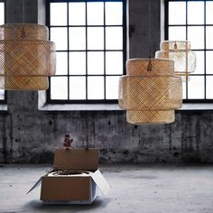 Seeing the shades in situe/in a normal setting is great. Ikea Inspiration, Interior Design Inspiration, Lustre Ikea, Modern Japanese Interior, Industrial Style Lamps, Industrial Design, Catalogue Ikea, Bamboo Light, Container Design