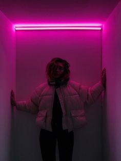 night aesthetic, aesthetic girl, aesthetic colors, a Night Aesthetic, Aesthetic Colors, Aesthetic Grunge, Aesthetic Vintage, Aesthetic Girl, Aesthetic Pictures, Neon Girl, Neon Photography, Cinematic Photography