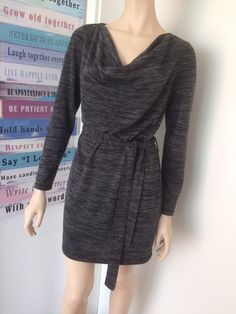 Mein Lässiges Kleid in schwarz/grau meliert von Amisu! Größe 40 / M / 12 für 6,00 €. Sieh´s dir an: http://www.kleiderkreisel.de/damenmode/minis/151482561-lassiges-kleid-in-schwarzgrau-meliert.