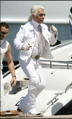 Karl Lagerfeld on his way to Club 55, St Tropez, France - appropriately dressed for the beach with gloves on hahaha xx