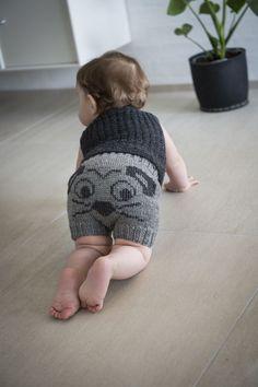 Opskrifter til Mayflower Easy Care garn Knitting For Kids, Baby Knitting Patterns, Crochet For Kids, Baby Patterns, Baby Sleeping Bag Pattern, Baby Barn, Baby Jeans, Baby Turban, Sport Weight Yarn