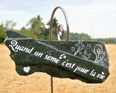 Custom slate and its big stick tutor, special order, by creat . Potager Garden, Garden Stakes, Garden Art, Garden Online, Permaculture, Home Decor Shops, Slate, Holiday Decor, Big