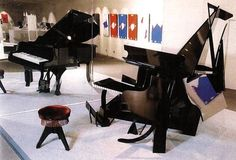 Take a look at this amazing Fukuda's Underground Piano Illusion illusion. Browse and enjoy our huge collection of optical illusions and mind-bending images and videos. Piano Parts, How To Make Toys, Dream Book, Illusion Art, Japanese Artists, Light And Shadow, Op Art, Optical Illusions, Three Dimensional