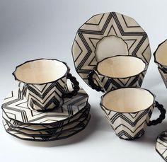 Art Déco (Cubisme Tchéque) - Service à Café 'Zig Zag' - Céramique Noir et Blanc - Pavel Janák - 1911