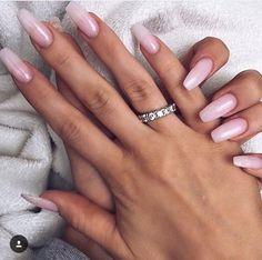 Chic nails