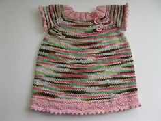 I may just buy this pattern, i love little girls in knit clothing!!!   Ravelry: Kenna Button Top pattern by Nicole Ratliff