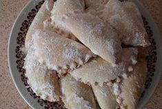 Tvarohové šátečky na sladko i na slano - Recepty.cz - On-line kuchařka Apple Pie, Bread, Cheese, Desserts, Food, Apple Cobbler, Tailgate Desserts, Meal, Deserts