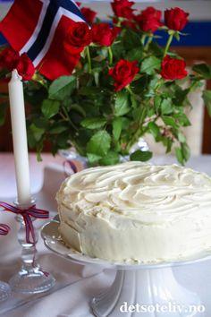 Flaggkake til mai 70th Birthday, Cake Recipes, Desserts, Food, Meal, 70 Birthday, Deserts, Essen, Hoods