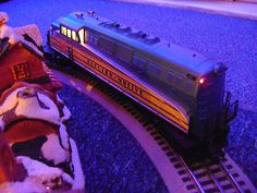 """Mth railking  0 gauge 3 rail #""""electro-motive"""" #loco. #compatible with lionel,  View more on the LINK: http://www.zeppy.io/product/gb/2/122030666155/"""