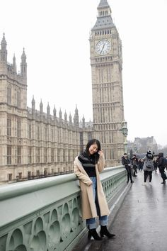 One City, Three Looks: London Outfit Diary -- Looks by Lau