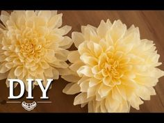 DIY: Making big dahlias from crepe paper yourself, DIY: Dahlias made of crepe paper, Deko Kitchen, My Crafts and DIY Projects. Crepe Paper Flowers Tutorial, Paper Flowers Craft, Large Paper Flowers, Tissue Paper Flowers, Paper Flower Wall, Paper Flower Backdrop, Flower Crafts, Diy Flowers, Fabric Flowers