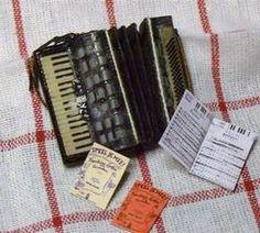 how to: miniature accordion