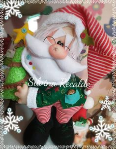 Christmas Time, Christmas Wreaths, Merry Christmas, Christmas Ornaments, Scrap Material, Handmade Toys, Dinosaur Stuffed Animal, Projects To Try, Santa