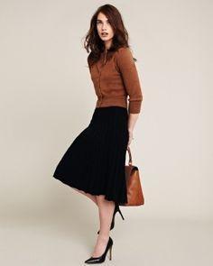 Simple skirt and sweater, looks great! #PersonalLeadership #Women