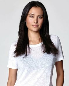 Emma Heming, V Neck, T Shirts For Women, Tops, Fashion, Moda, Fashion Styles, Fashion Illustrations