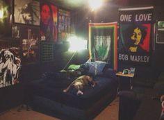 I M Thinking Of A Rasta Themed Room Room Painting Ideas