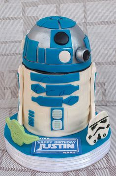This one is for Thad Dalek Cake, R2d2 Cake, Boy Cakes, Cakes For Boys, Fondant Cakes, Cupcake Cakes, Cupcakes, Movie Cakes, Star Wars Cake