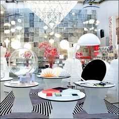 50 Beautiful Concept Stores From Around The World Reprise – Fixtures Close Up Retail Fixtures, Point Of Purchase, Visual Merchandising, Close Up, Around The Worlds, Concept, Table Decorations, Furniture, Beautiful