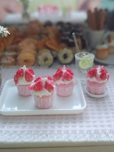 Check out this item in my Etsy shop https://www.etsy.com/listing/223090401/rubyroses-bakerycupcake-sweet-strawberry