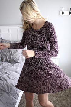 Stitch Fix January 2016 Karen Kane Evey Dress-- This is a cute dress. I like the color and the cut.