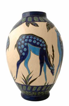 Art deco Ceramic Pottery, Pottery Art, Ceramic Art, Ceramic Jugs, Art Deco Stil, Art Deco Era, Art Nouveau, Pottery Sculpture, China Painting